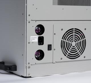Lumencor's TARGA Scanner, plug detail